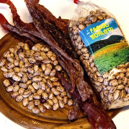 fagioli borlotti con carne essiccata